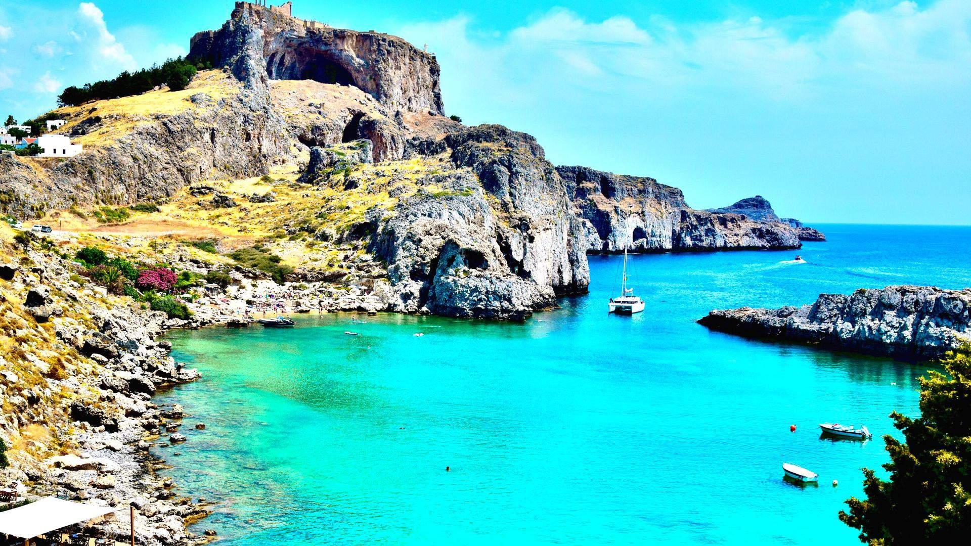 Rodo sala užburia nuostabia gamta ir kalvomis