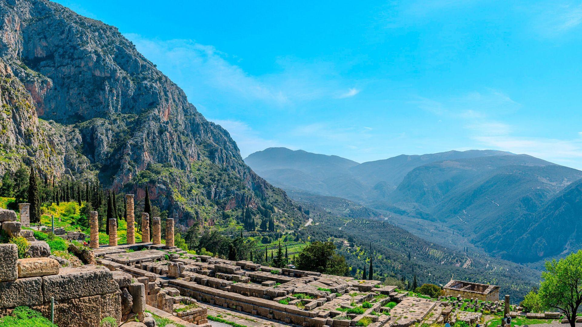 Aplankysite Apolono šventyklą Delfuose