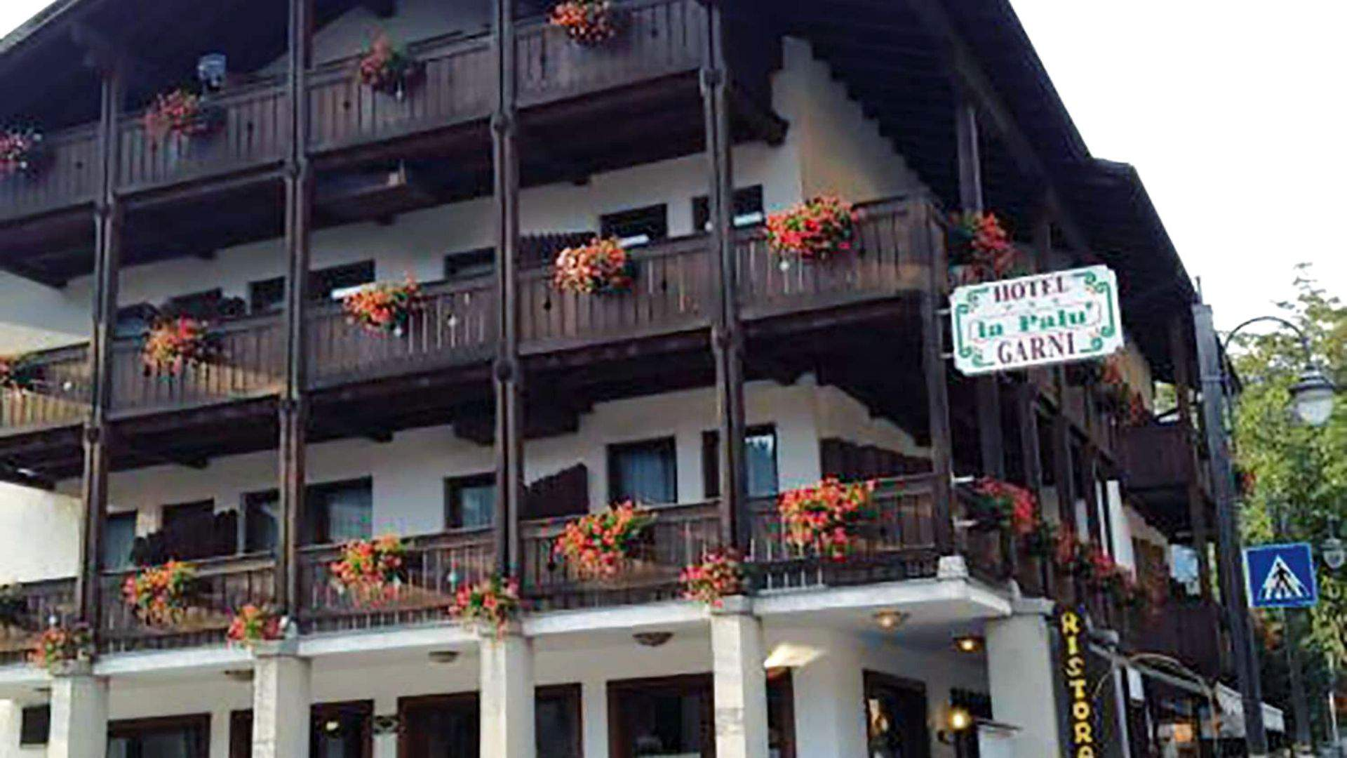 "Apsistosite ""Garni La Palu"" viešbutyje netoli kurorto centro"