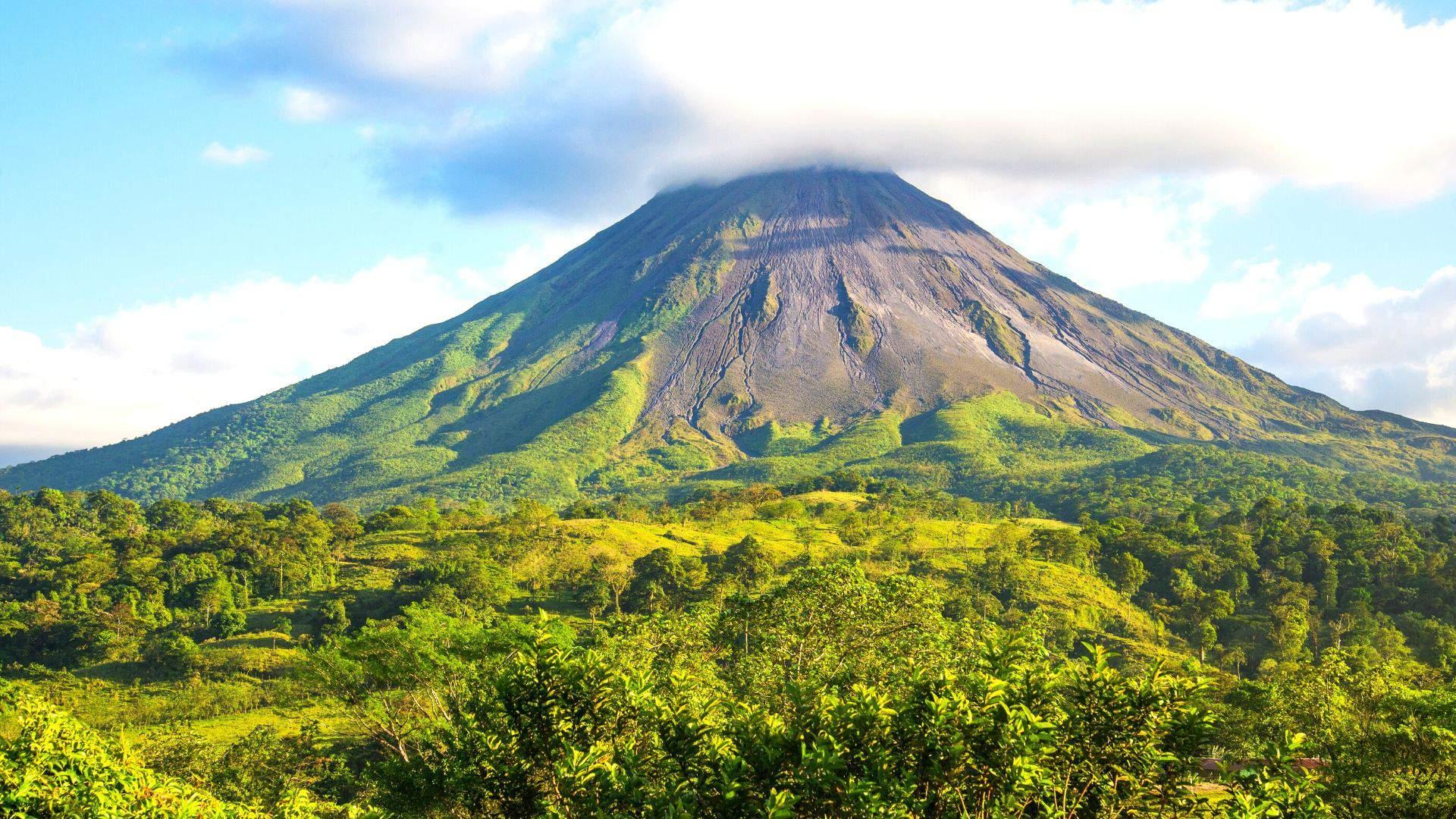 Arenalio ugnikalnis Kosta Rikoje