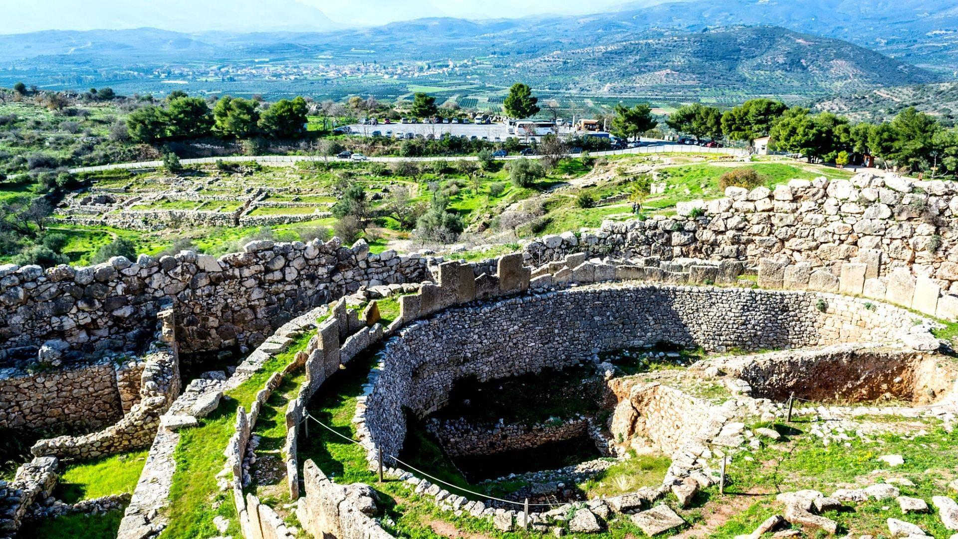 Dėmesio verti Mikėnų civilizacijos griuvėsiai