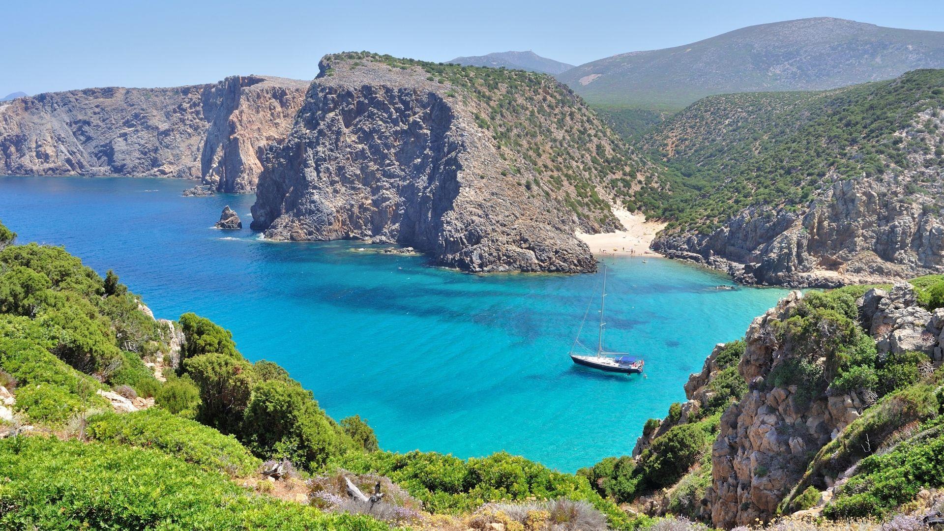 Įspūdinga Sardinijos pakrantė