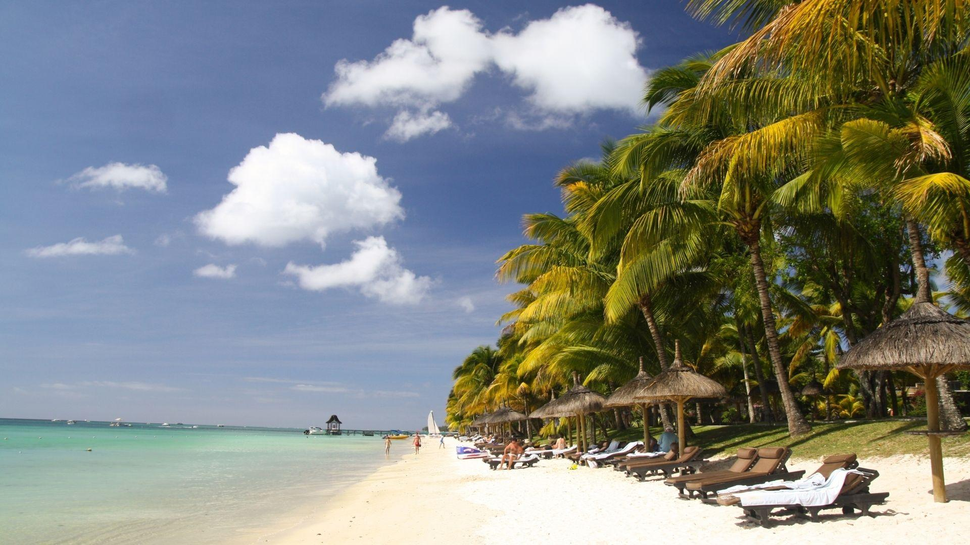 Mauricijuje Jūsų laukia balto smėlio paplūdimiai
