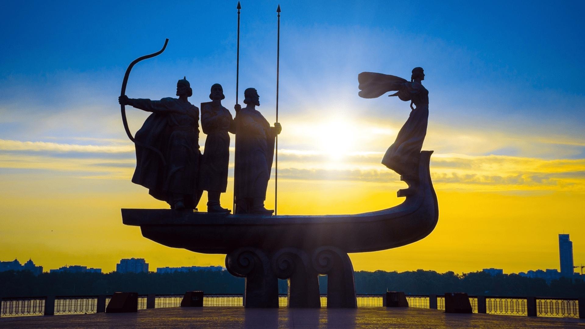 Didingas paminklas, skirtas Kijevo įkūrėjams