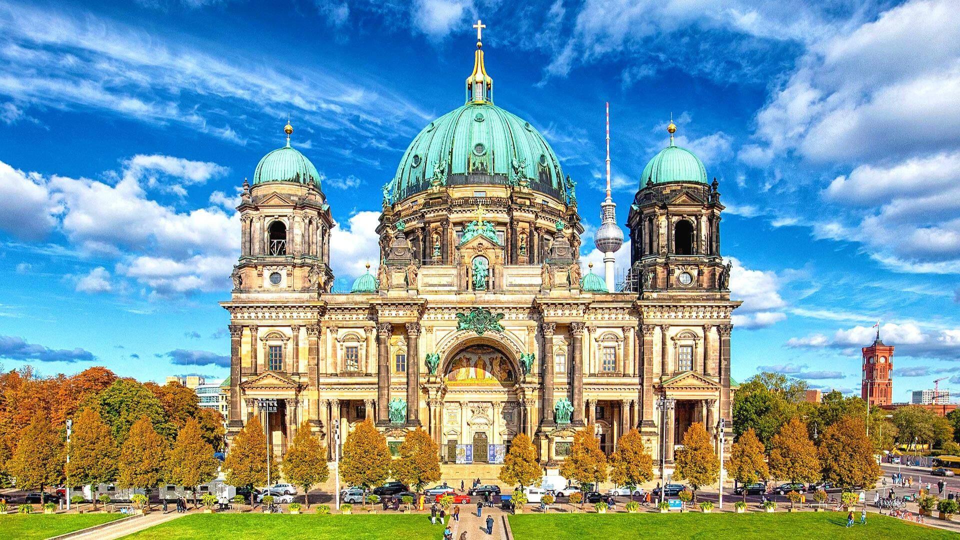 Didingoji Berlyno katedra – architektūros šedevras, pakerintis grožiu