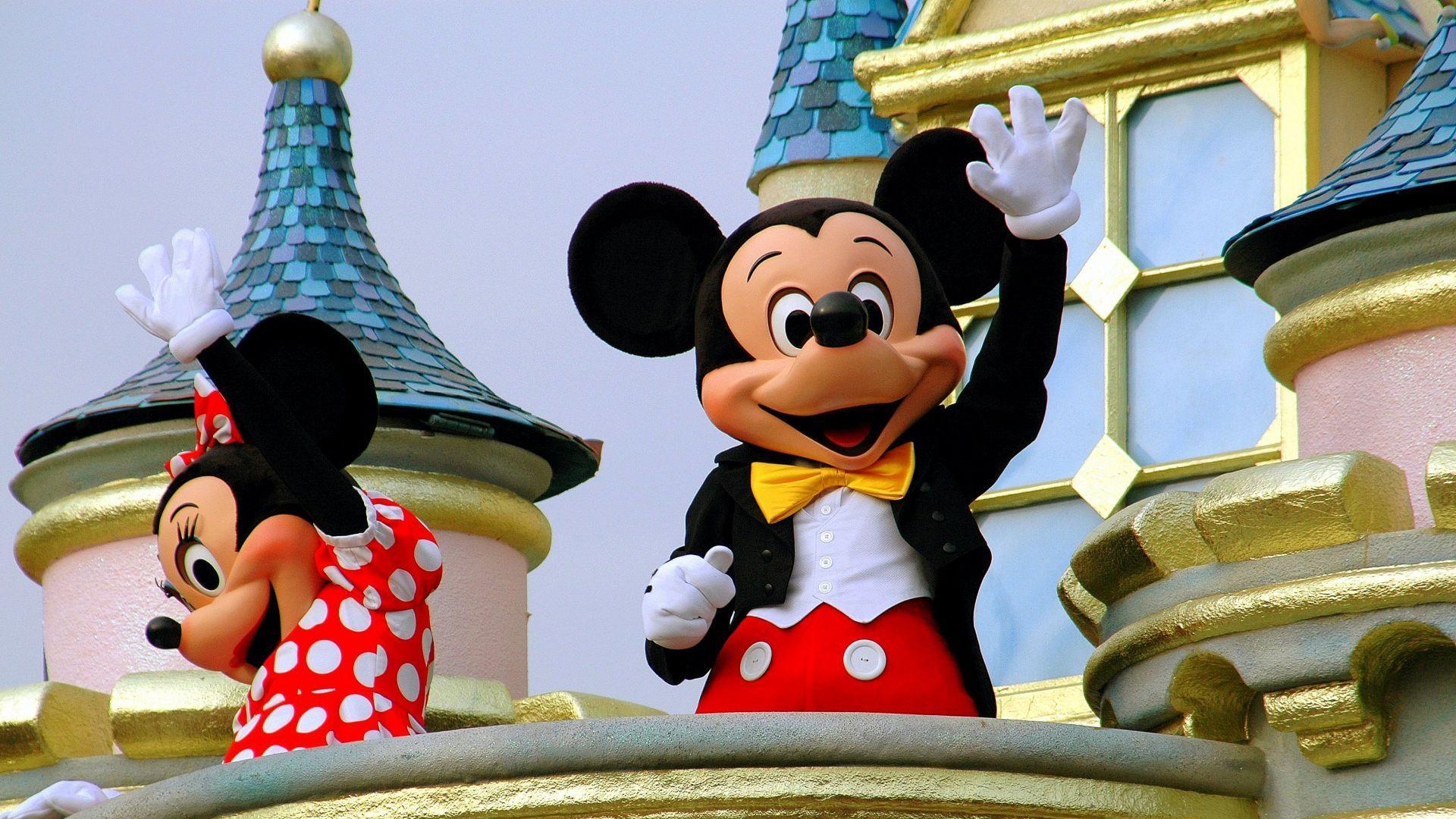Disneilando simboliai - peliukai Mikis ir Minė