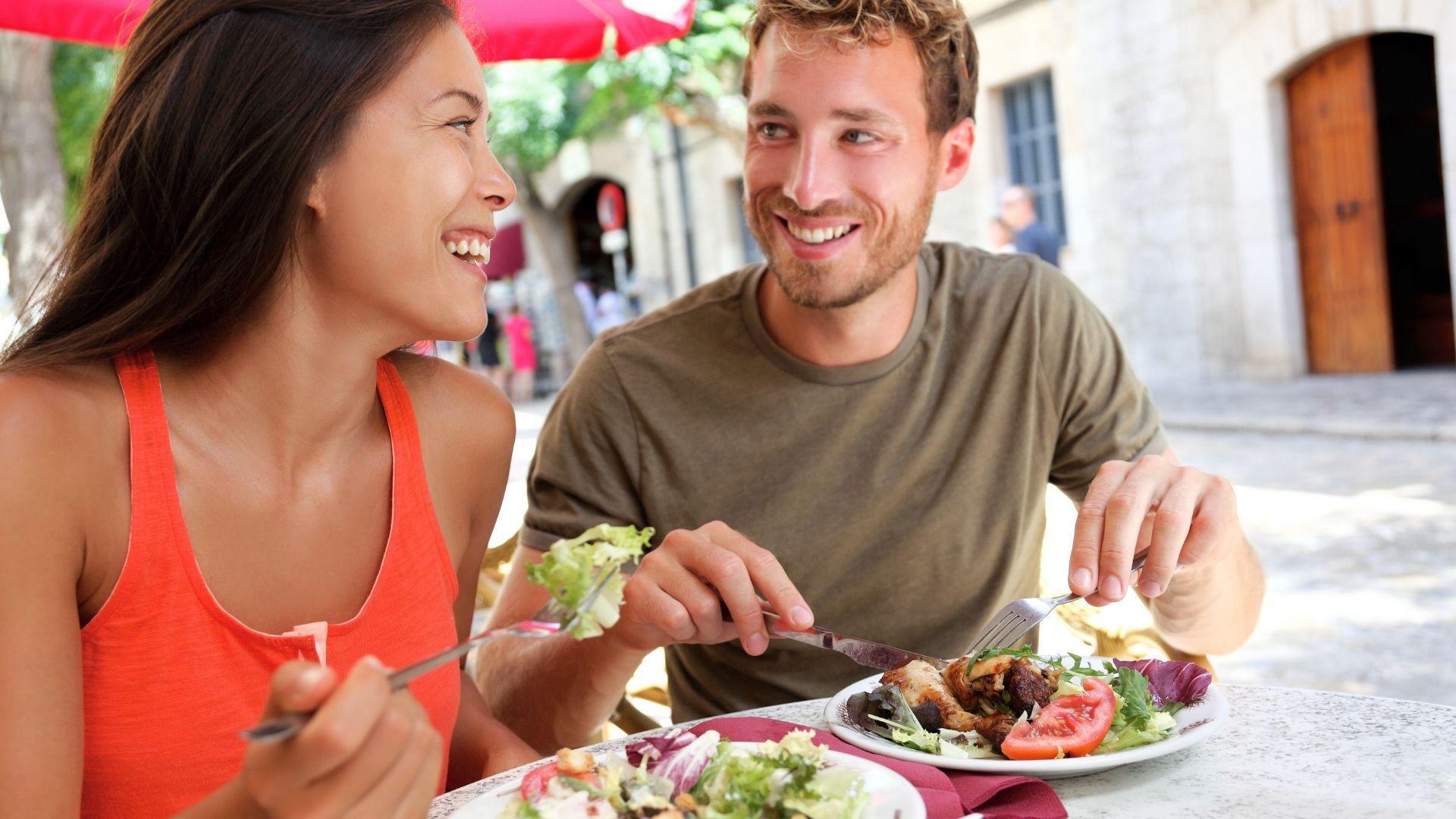 Gardūs valgiai ir keliautojų šypsenos