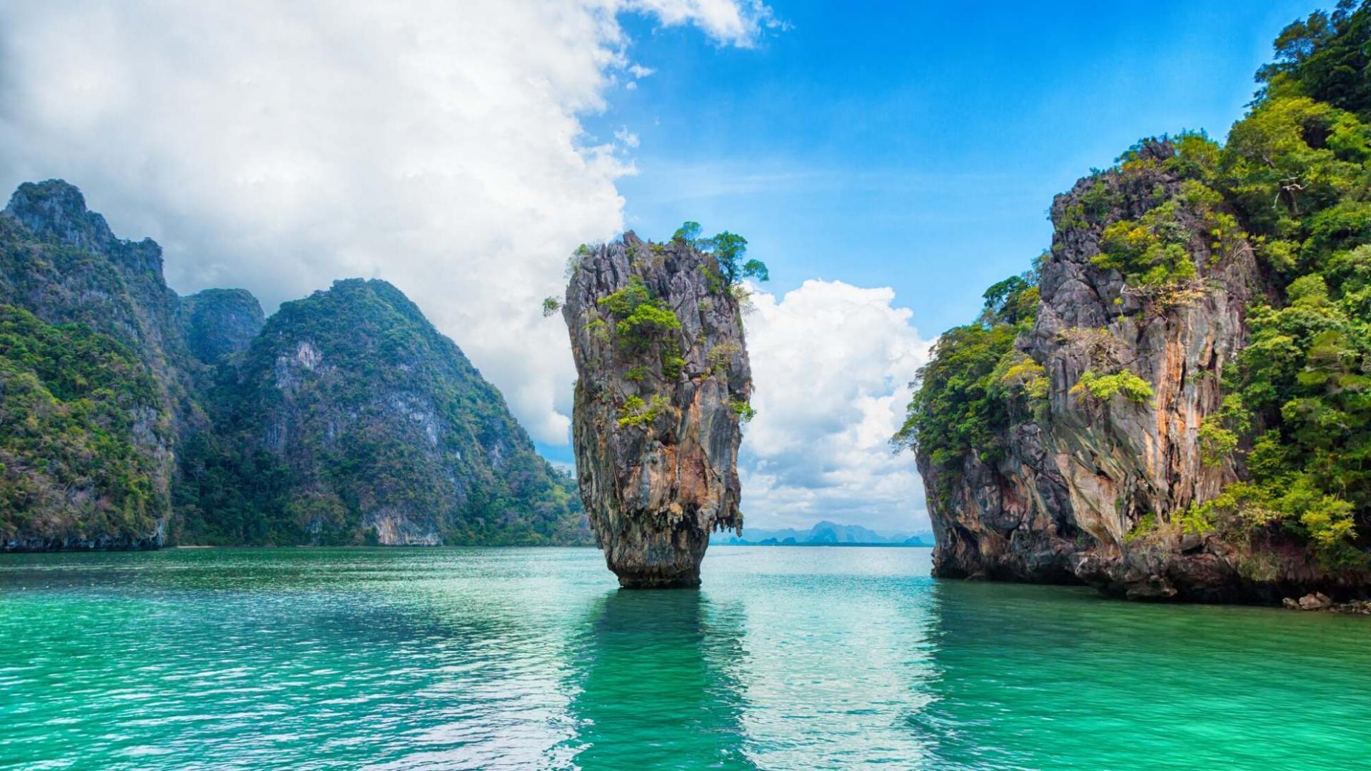 Įspūdingi gamtos stebuklai Phang Nga įlankoje