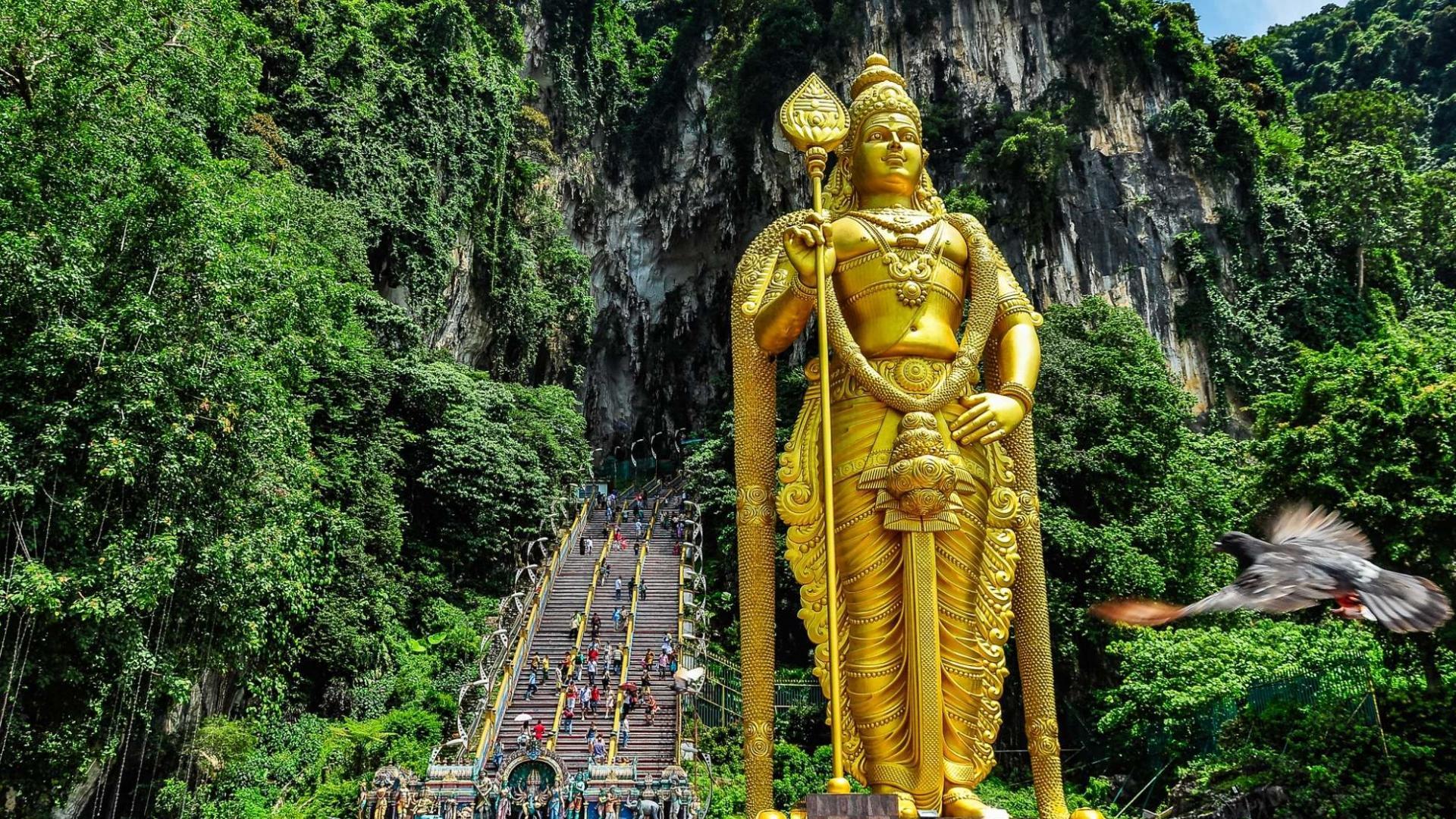 Keliaudami Malaizijoje aplankykite Batu olas