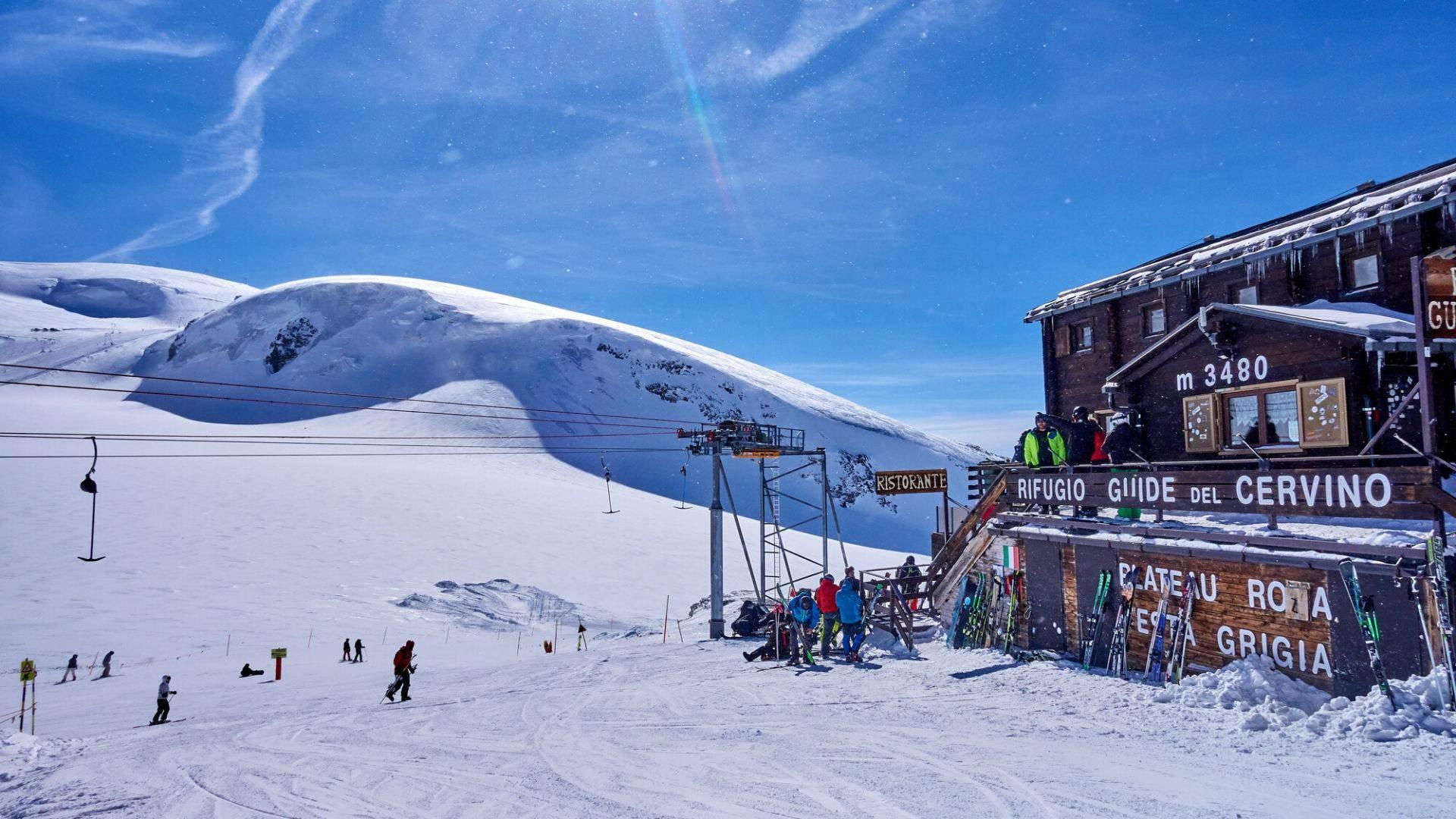 Keliaukite patirti kvapą gniaužiančių slidinėjimo nuotykių