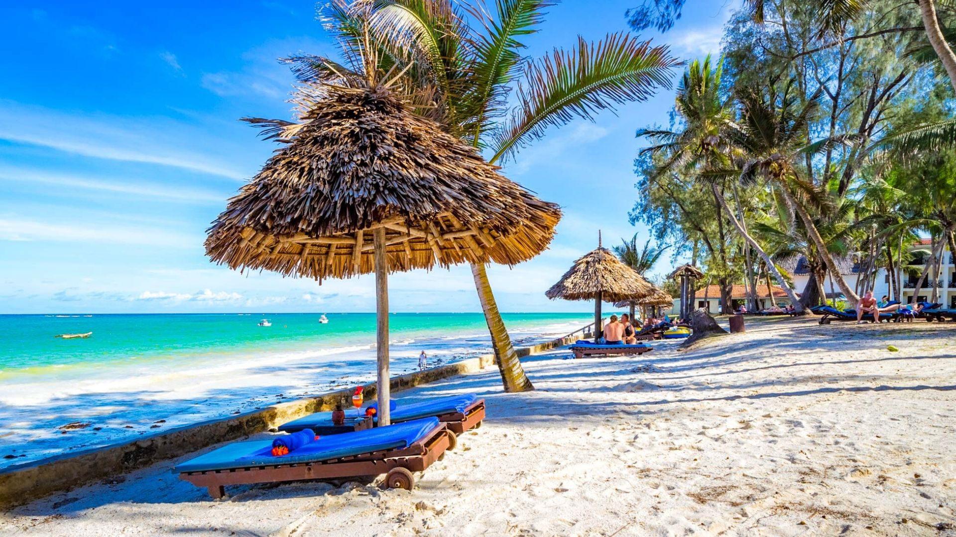 Kelionės į Keniją metu derinkite poilsį paplūdimiuose su šalies pažinimu