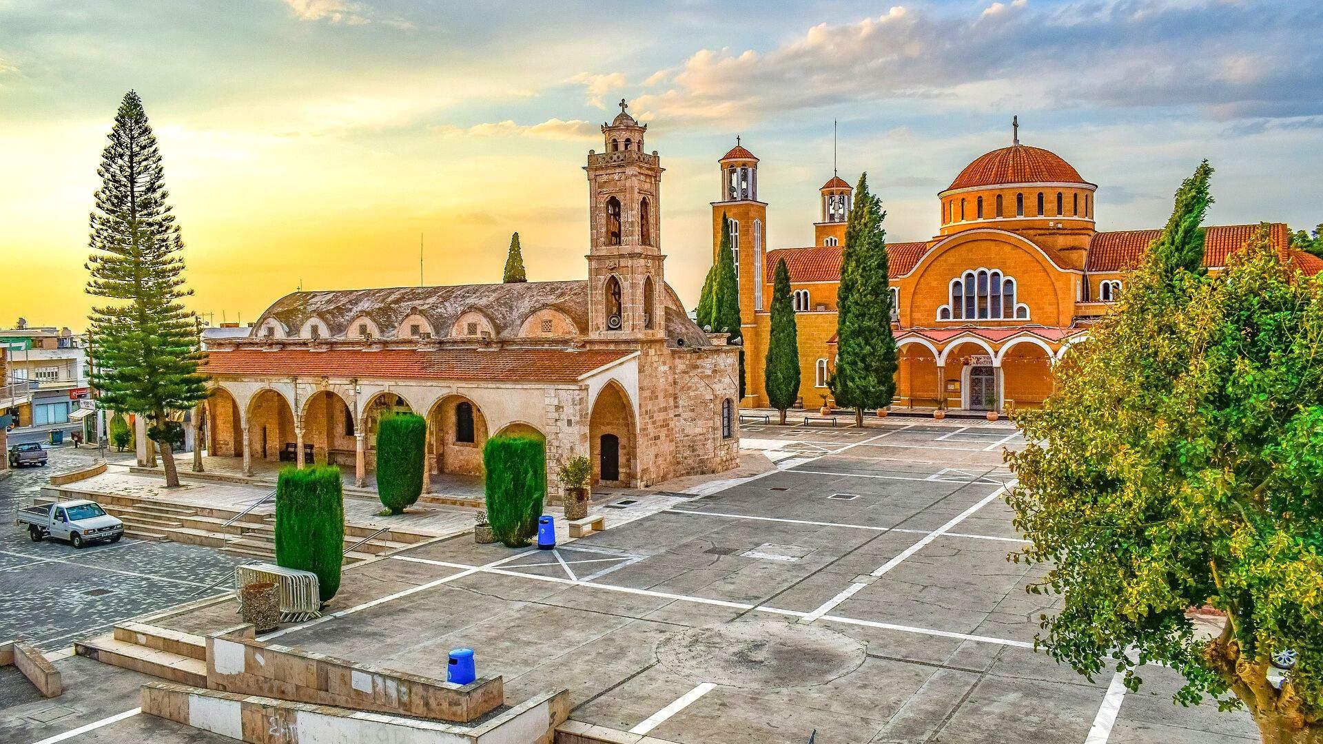 Kipre susijungia graikiška bei turkiška kultūros