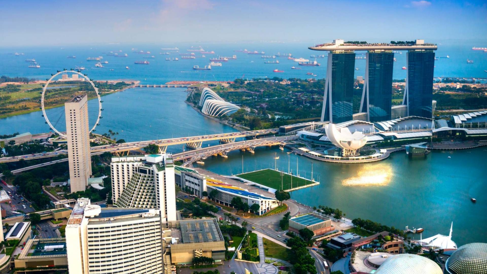 Kruizinę kelionę Tolimuosiuose Rytuose pradėsite Singapūre