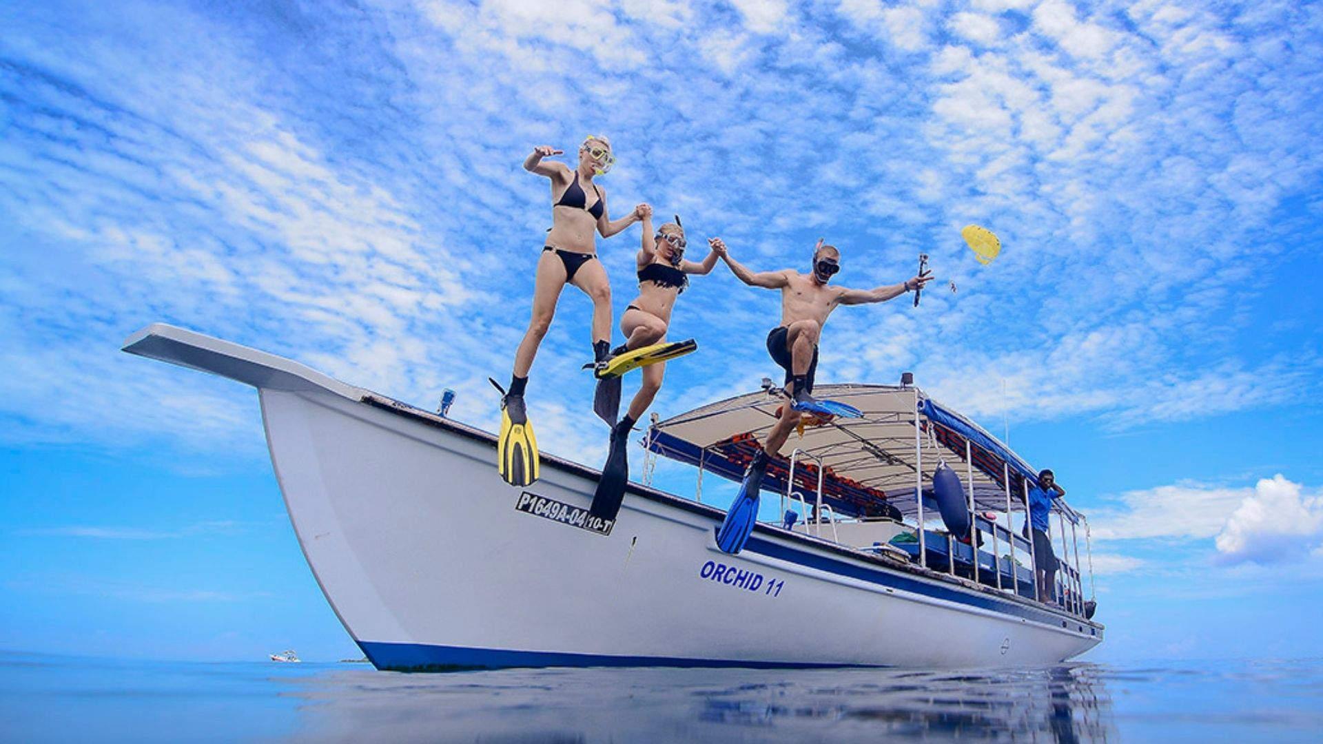Leiskitės į įvairias ekskursijas iš Bandos salos