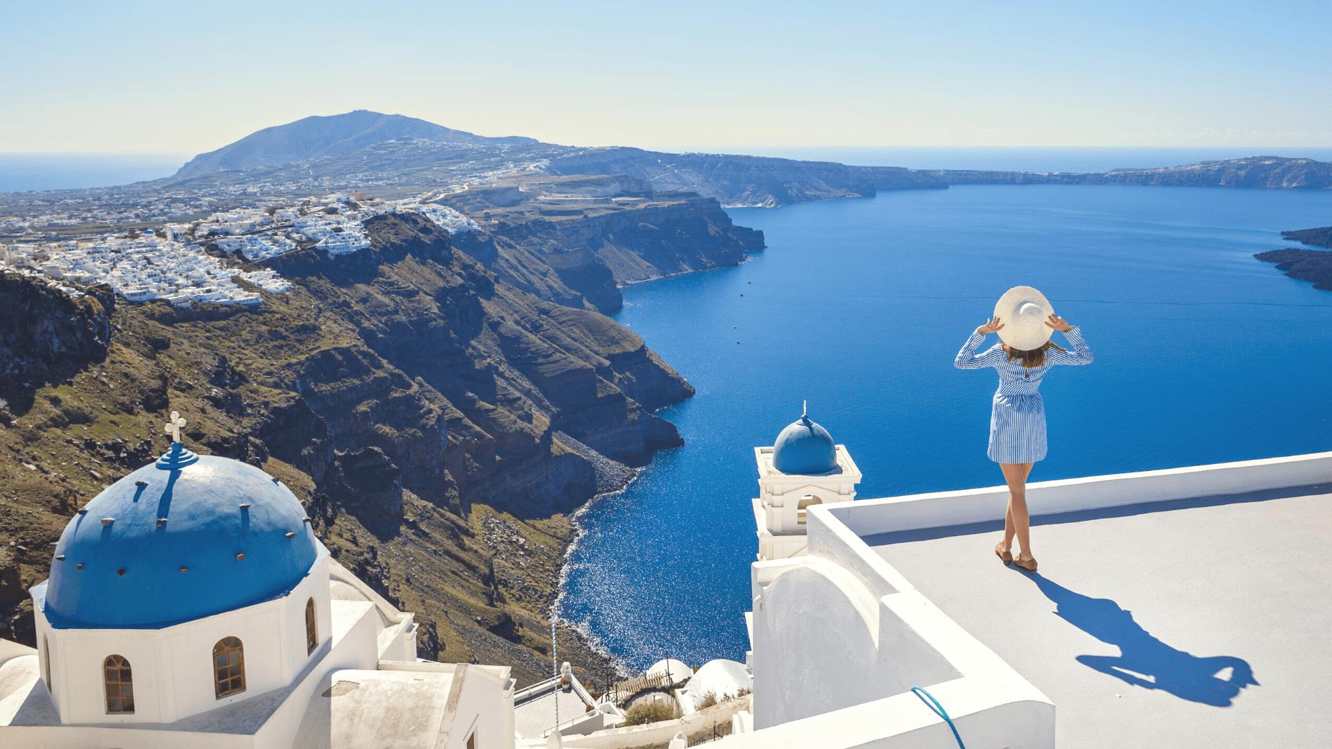 Liksite sužavėti kerinčiais Santorini salos vaizdais