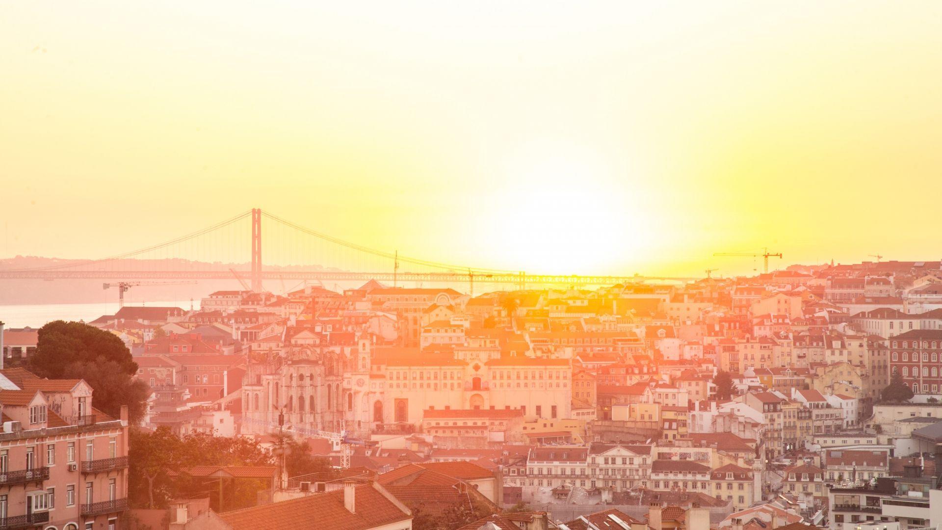 Saulės spindulių nubučiuota Lisabona
