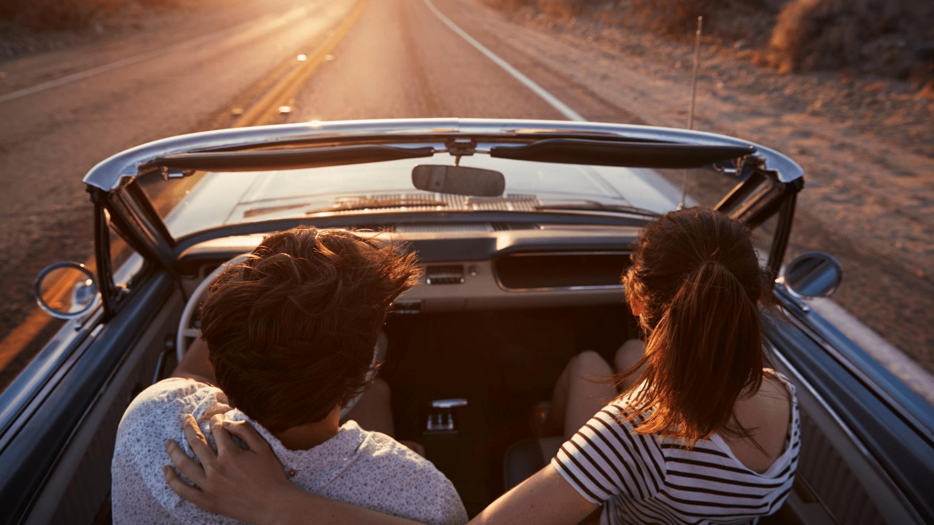 Mėgaukitės laisve pasirinkę Skrisk ir važiuok kelionę