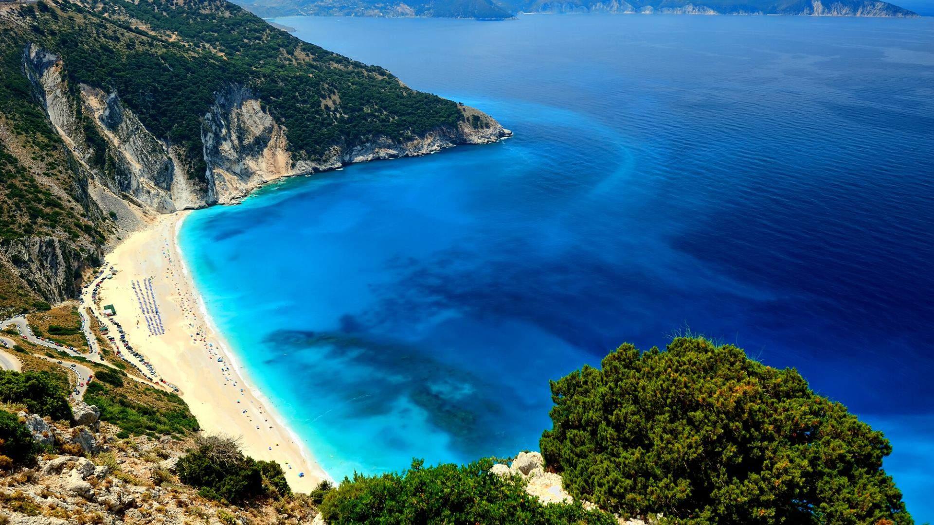 Myrtos - vienas žymiausių paplūdimių saloje