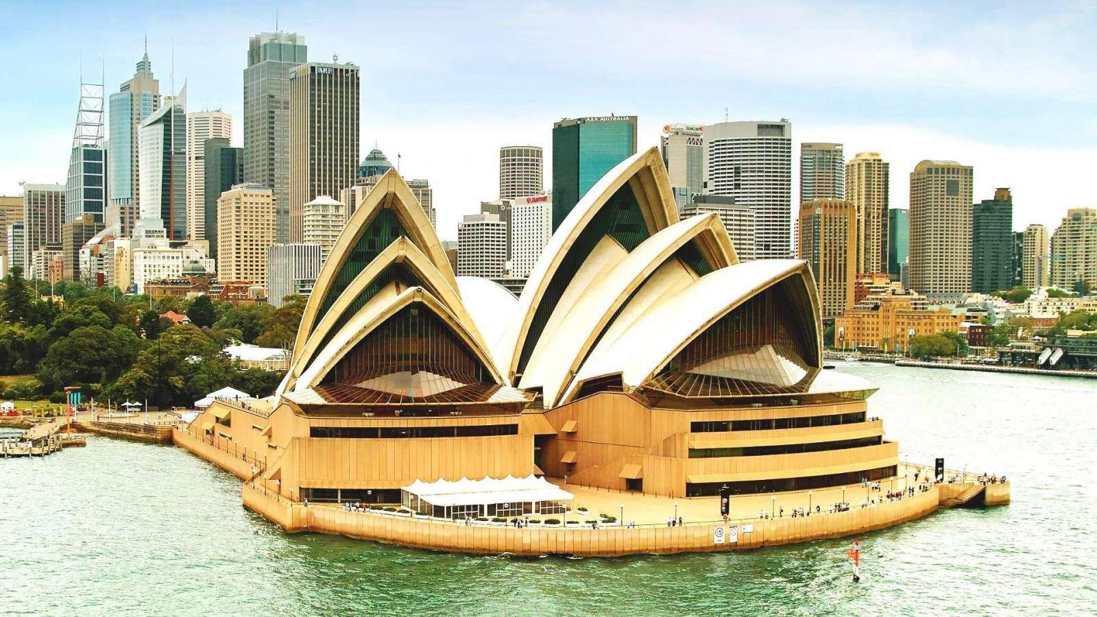 Operos teatro burės - Australijos vizitinė kortelė