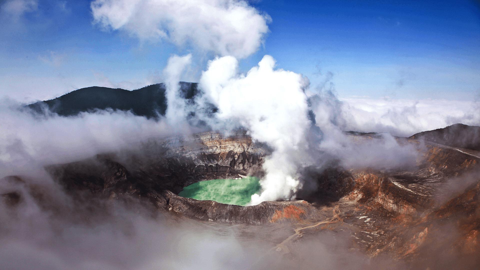 Pamatykite aktyvų ugnikalnį