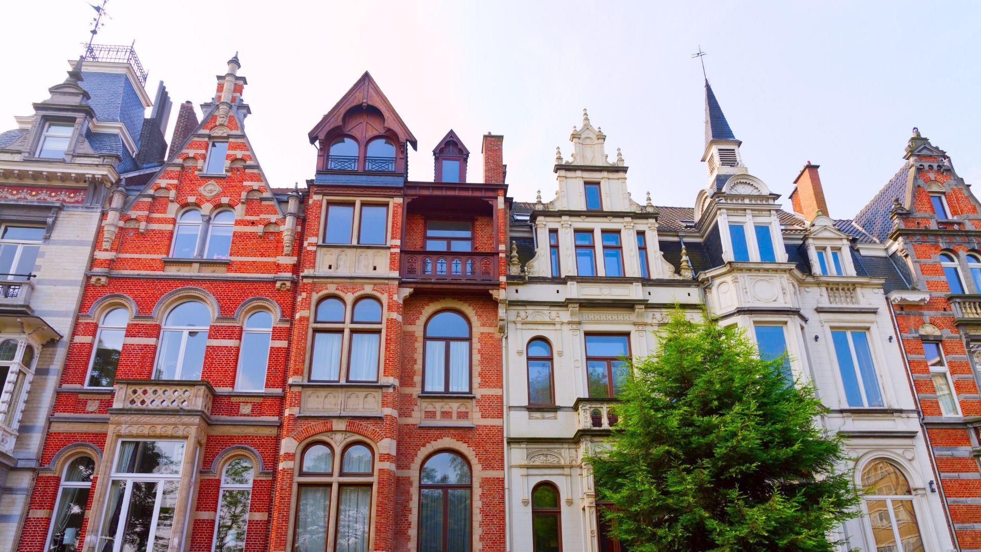 Pamatysite spalvingus Briuselio pastatus
