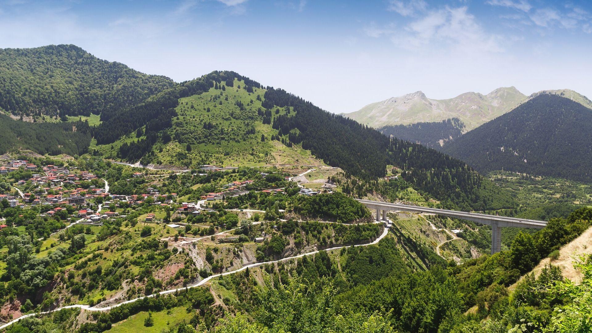 Pažintinę kelionę Graikijoje pradėsite žaviame Metsovo kalnų miestelyje