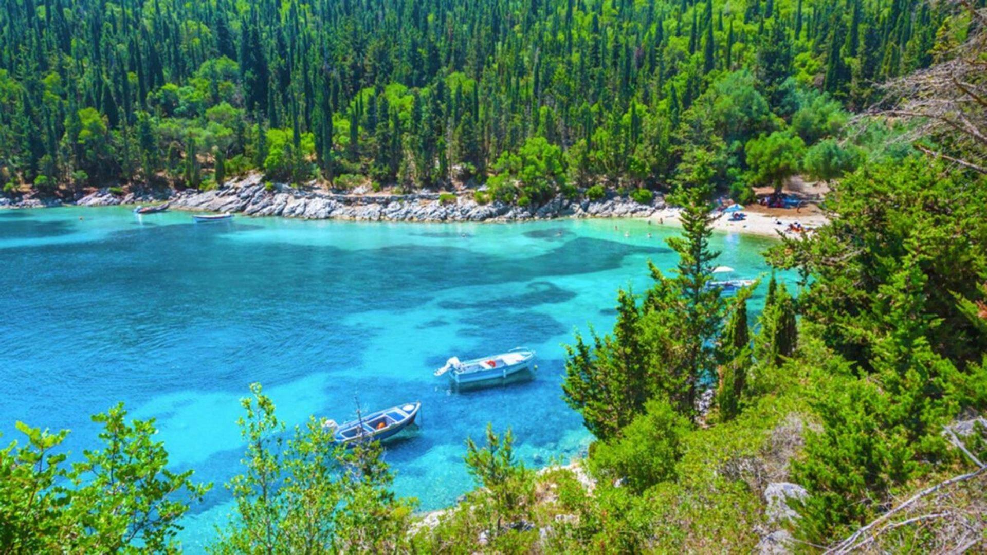 Poilsį Graikijos saloje Kefalonijoje derinkite su pažinimu
