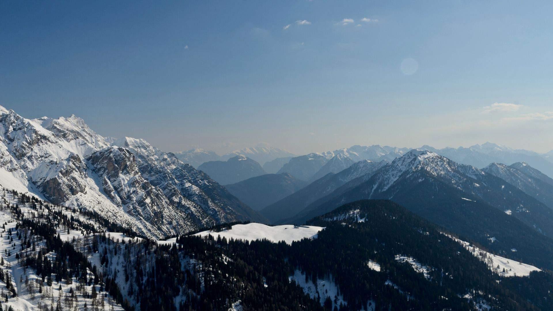 Snieguotų Alpių viršukalnių magija