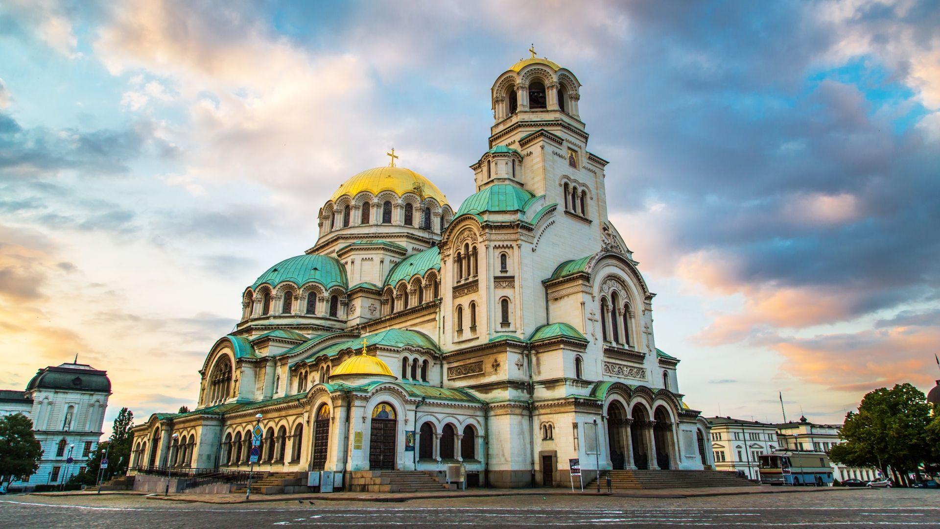 Šv. Alexander Nevski Katedra