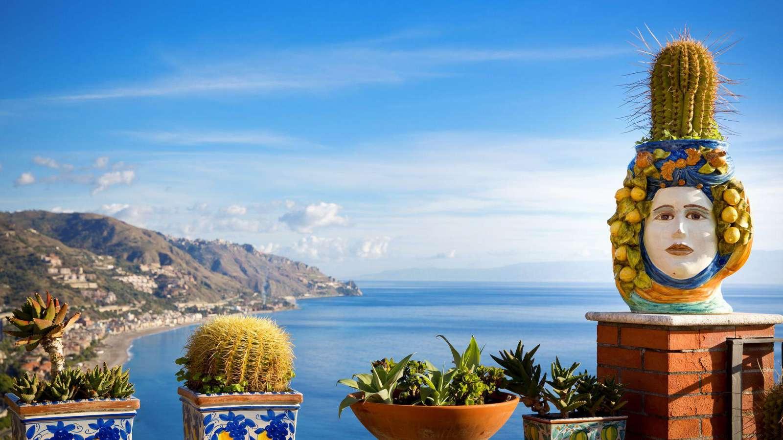 Taorminos pakrantė Sicilijoje