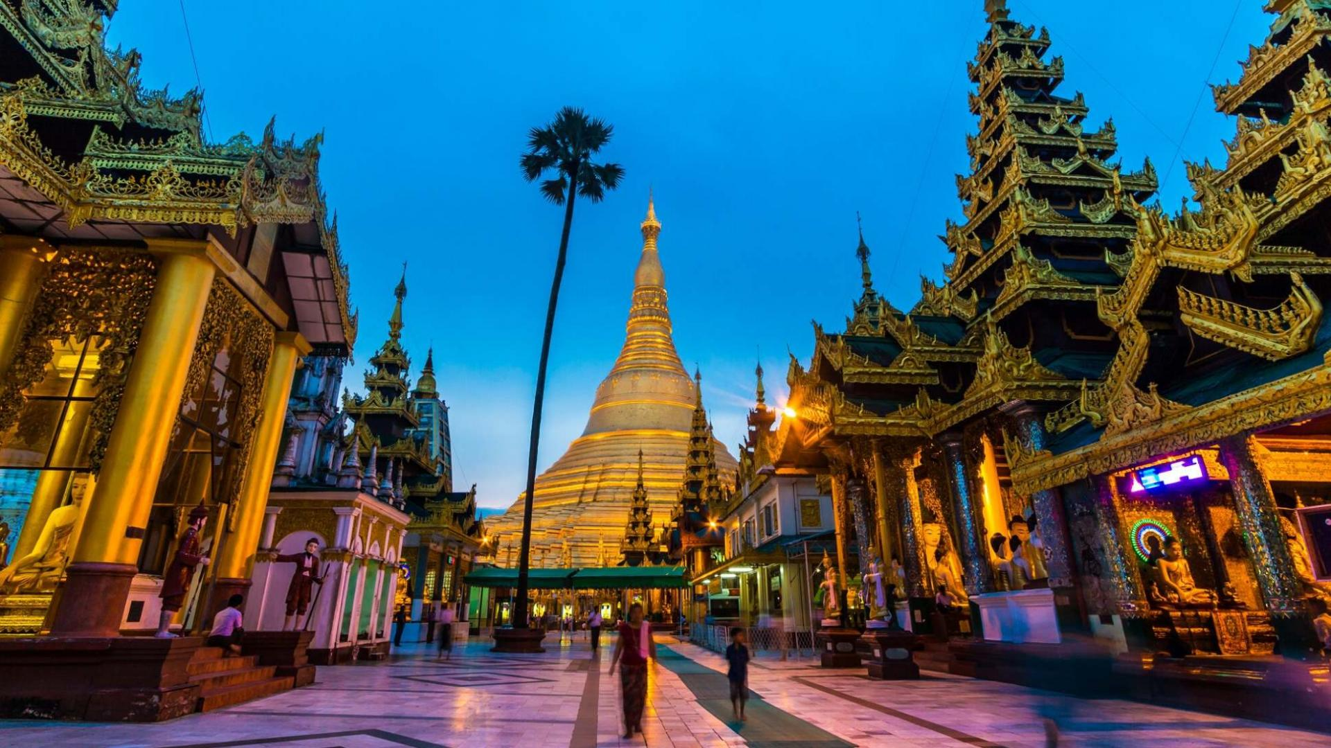 Tolimųjų Rytų pažiba - auksu tviskanti Shwedagon pagoda Mianmare