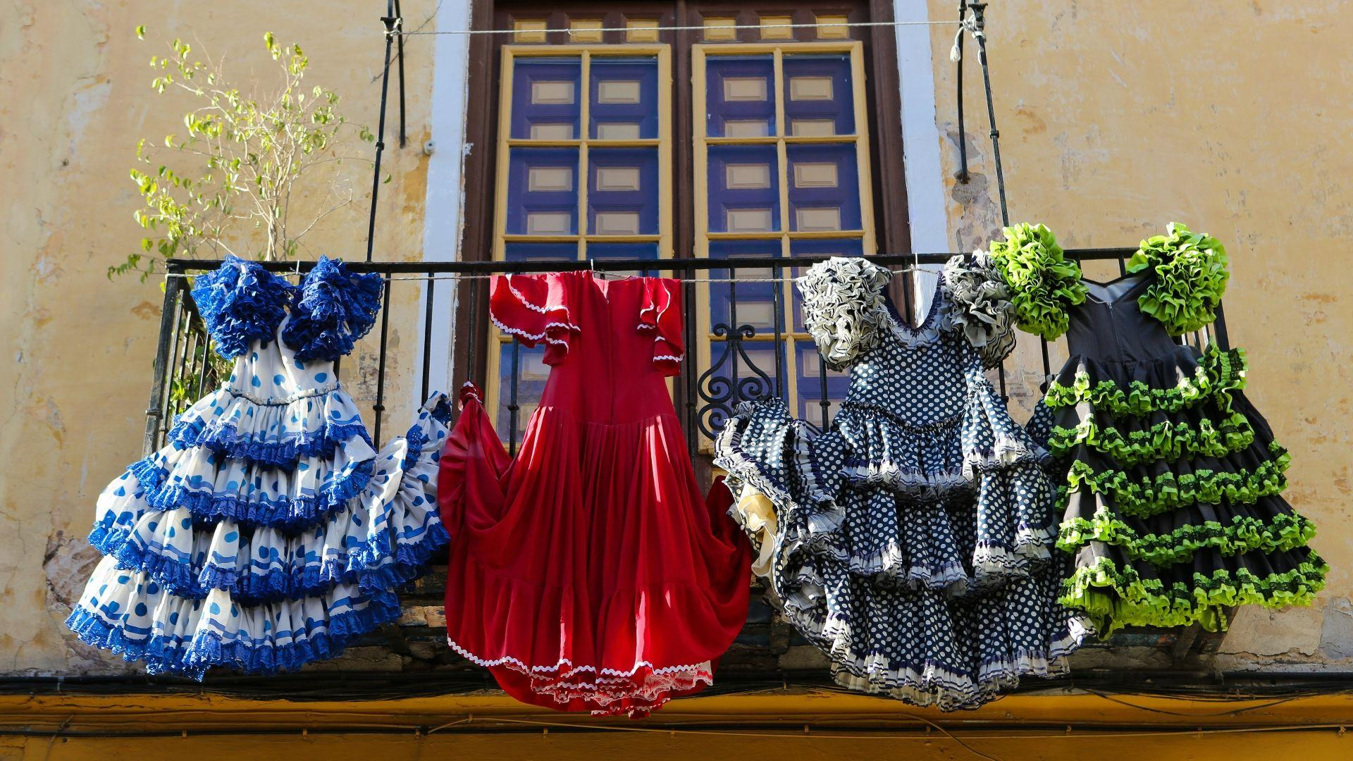 Tradicinės Flamenko šokių suknelės
