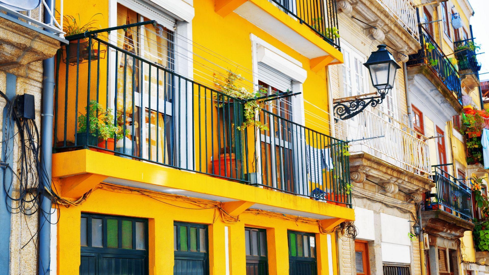 Unikalūs Portugalijos namų fasadai