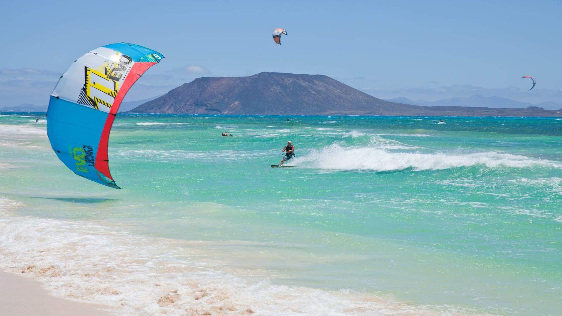 Kipras – idealus vandens sporto mėgėjams