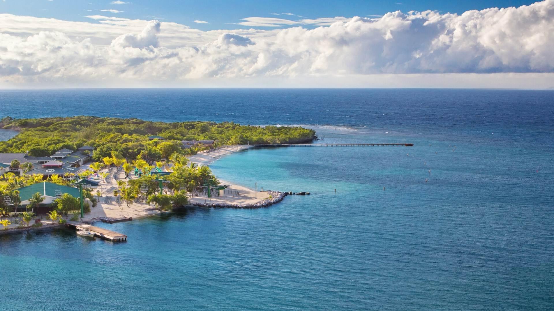 Viena iš kruizo po Centrinę Ameriką stotelių - Roatano sala