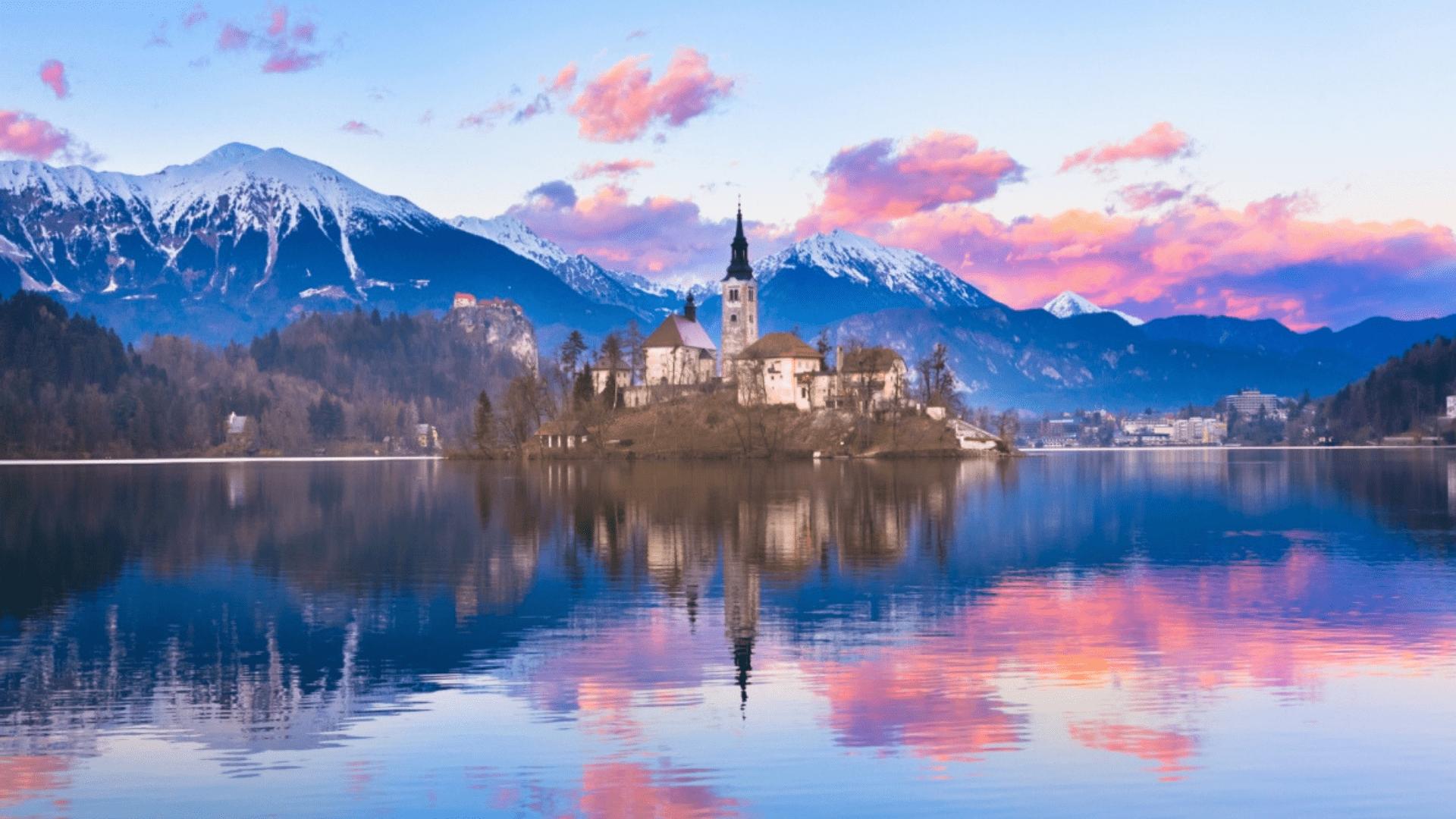 Viena įspūdingiausių Slovėnijos vietų, Bledo ežeras
