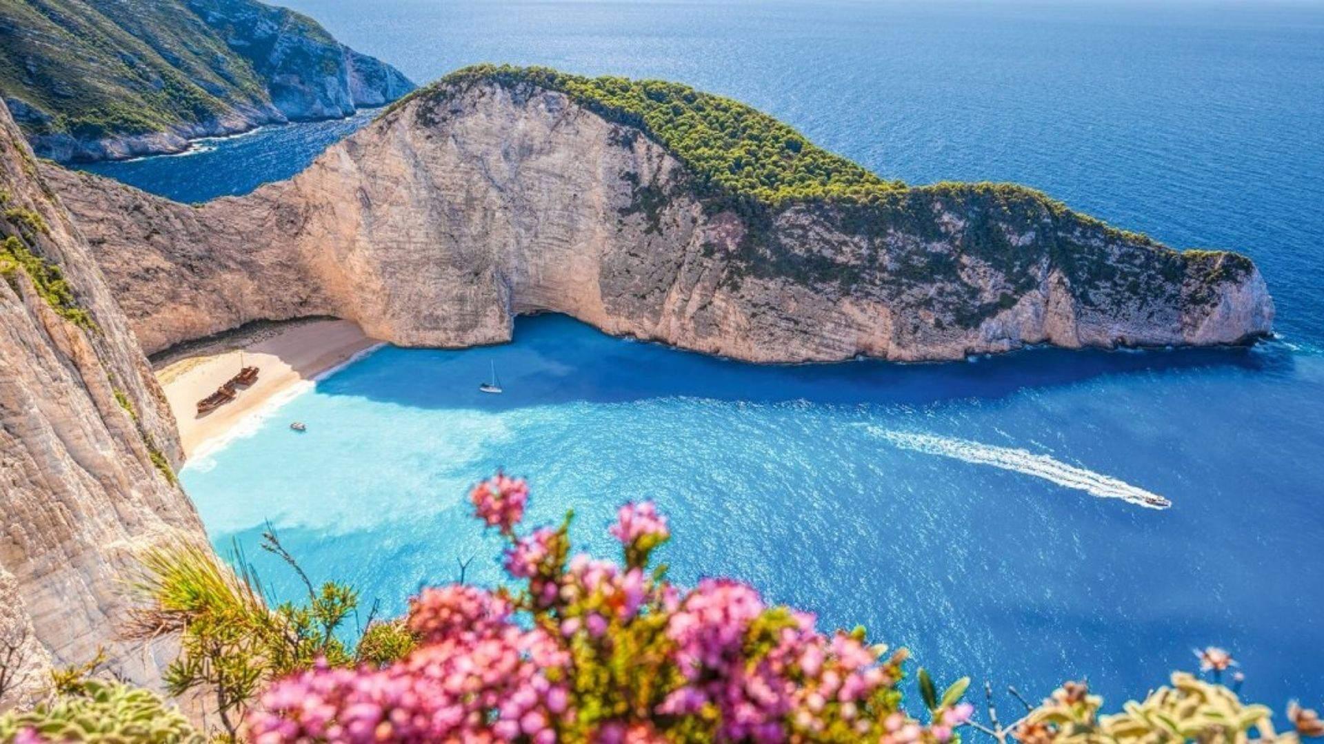 Zakinto sala garsėja nuostabiomis uolomis