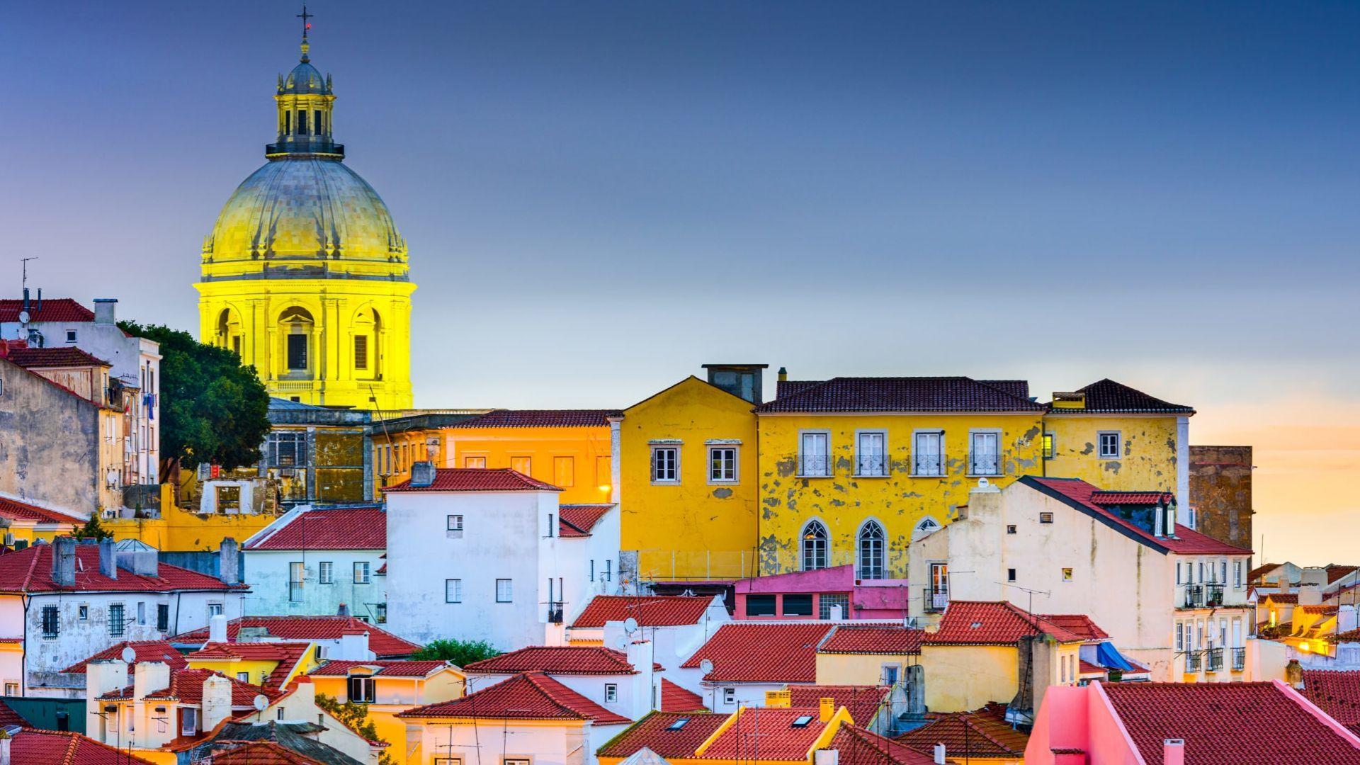Alfama - Lisabonos rajonas, žavintis spalvotais namukais
