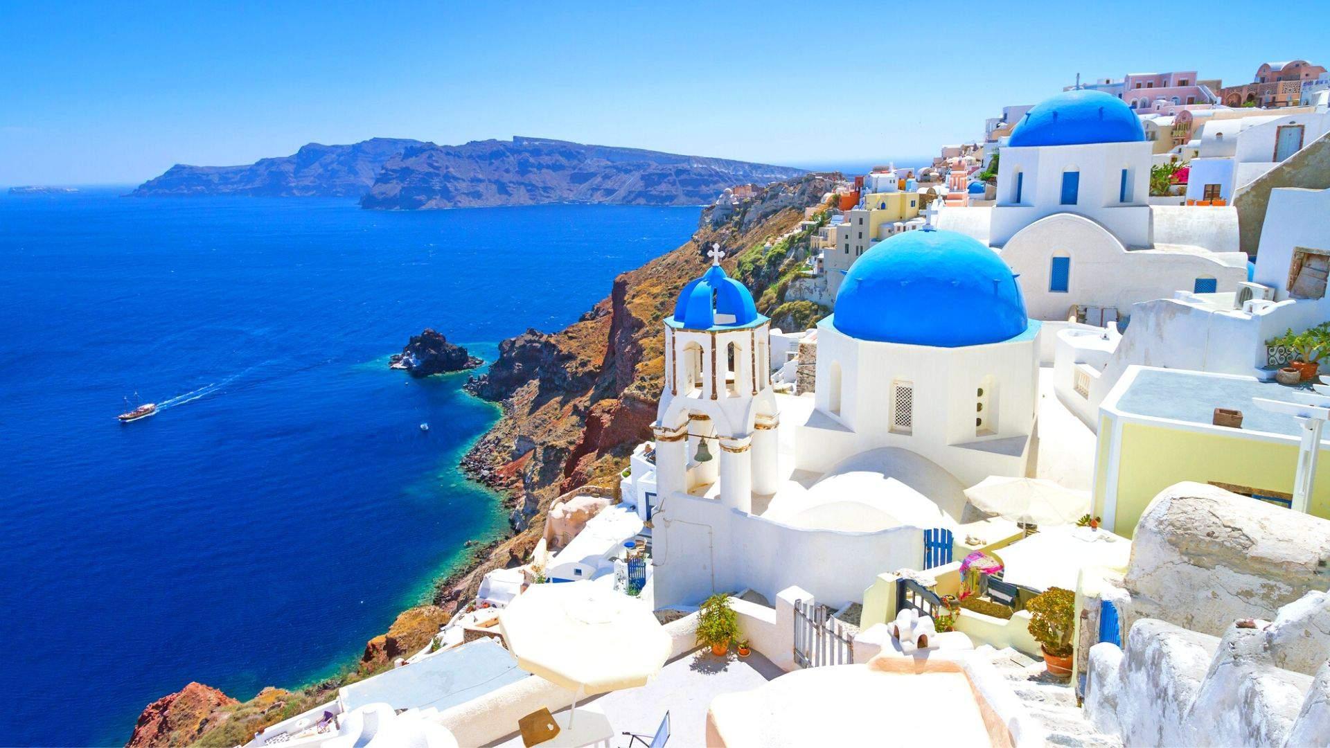 Santorini keri nuostabiomis panoramomis