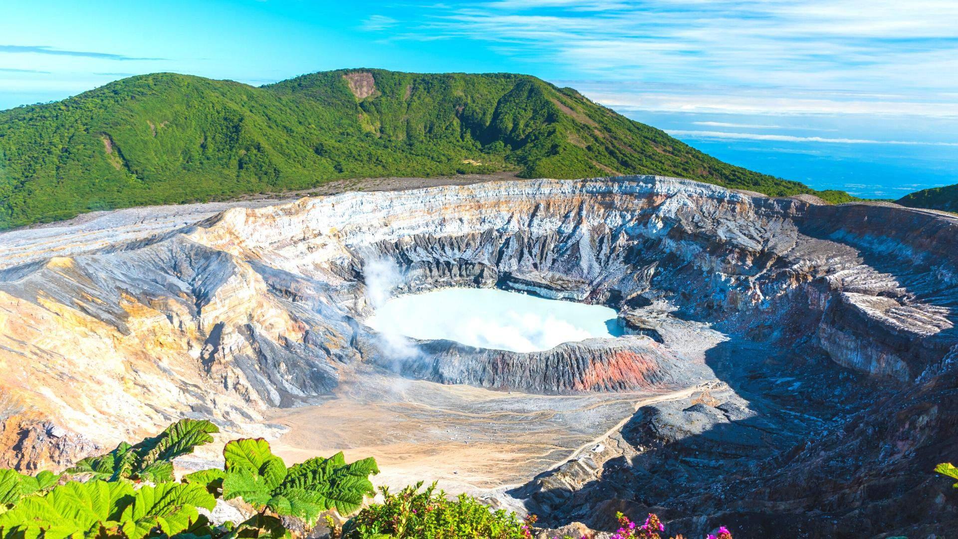 Įspūdingas Poas vulkanas