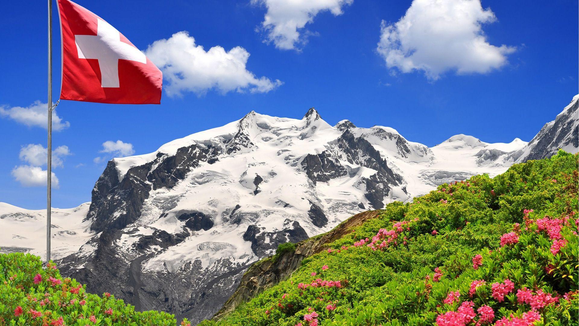 Įstabus Šveicarijos kalnų vaizdas